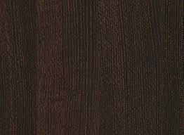 Дуб болотный коричневый